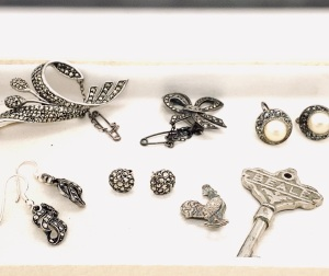 A COLLLECTION OF MARCASITE JEWELLERY