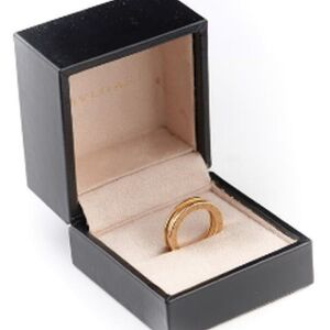 A BVLGARI GOLD BAND